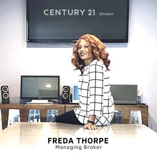 Freda-Table